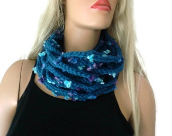 Petrol blue, teal blue infinity scarf cowl,Unisex  crochet cowl, blue  tiny flower scarf  best friend gift, Bridesmaids gift -any quantity