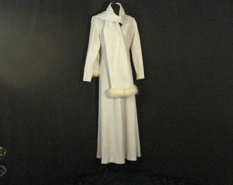 MOD Vintage 60s Long White & Silver Glam Chic Snow Queen Dress Wrap Shawl L