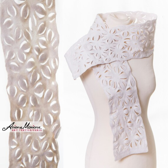 Wowy White Woman wool Scarf, Extraordinary Felt Shawl, Lace Flower Art accessories, Paris Designer shawl, Eco Fashion,  wearable art