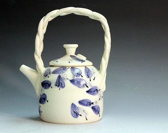 Hand made teapots, porcelain teapots, tea service, porcelain teapots fine ceramic teapot for collectors.