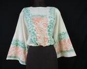 vintage boho wide sleeve blouse. 1970's block print hippie cropped top. OSFM.