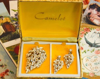 Camelot Set, Camelot Set with Box, Camelot Pearl Brooch, Camelot Pearl Earring,Gold and Pearl Demi Set, Brooch and Earrings, Mother's Day!