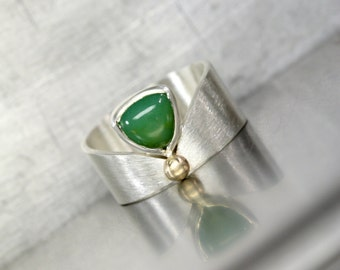 Triangular Royal Green Chalcedony Ring Modern Silver 14k Yellow Gold Unique Geometric Good Luck Symbol Chrysoverde Gemstone - Modern Cleo
