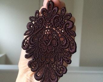Rouge Noir lace earrings/ Long earrings/ Romantic/ Victorian chic earrings/ Gift idea/ Elegant earrings/Vamp attitude/ Last minute gift/
