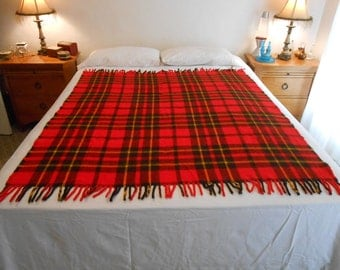 "Mid Century Faribo Fluff-Loomed Acrylic Plaid Blanket/Throw/Stadium Blanket/Size 52.5"" by 61"""