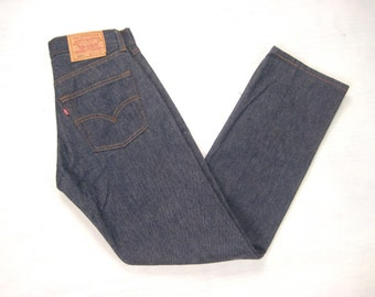 Mint 1980s Levis 501xx Shrink To Fit Indigo Made in USA #524 Red Tab Small e Denim Jeans Tagged 29 x 32 Fit 28 x 31 XS