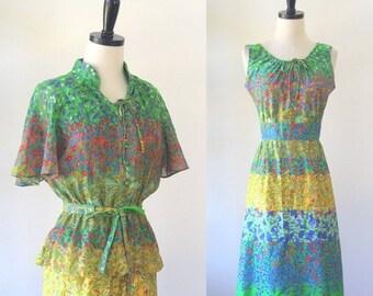 Vintage 1960s Dress Med 60s Dress Floral Print Dress Floral Sundress Cotton Sundress Green Floral Dress Womens Vintage Dress Medium