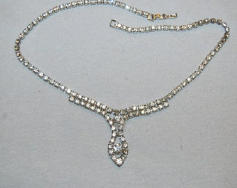 Vintage / Clear / Rhinestone / Necklace / Sparkling / Old Jewelry / Jewellery