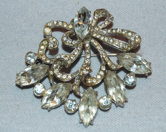 Vintage / Large / Clear / Sparkling / Brooch / Rhinestones / old jewelry /  jewellery