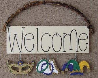 Monthly WELCOME SIGN (Mardi Gras) for wall and home decor