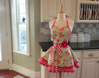 Strawberry Pie ~ Sadie Style ~ LAST ONE ONLY ~ Women's Apron ~ 4RetroAprons