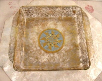 """Vintage Fire King 8"""" Square Baking Pan - Casserole - Serving Dish - Gold Accents - Great Condition"""