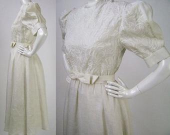 Vintage 80s  Puff Sleeve Wedding Dress, Albert Nipon, Embroidered White Linen, Belt, Bow Detail, High Neck Dress, New Old Stock, B38 W28