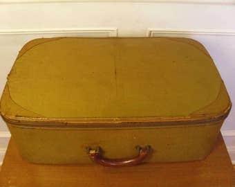 Vintage/Antique 1920's  Suitcase  Daisy Luggage