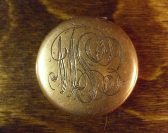 Vintage 1930's   Engraved Locket w/Photos