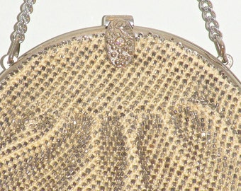 Vintage Beaded Purse with Ornate Clasp, Evening Hand Bag
