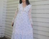 70s White Floral Dress Prairie Victorian Vintage XS