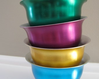 Vintage set of anodized ALUMINUM COLORED bowls 50s vintage display turquoise purple green and gold