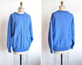SALE / Vintage 1990s CABLEKNIT wool sweater