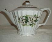 Norleans Teapot