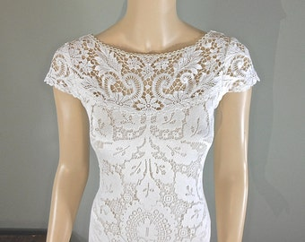 Ornate Lace Wedding dresses BOHEMIAN Wedding Dress VINTAGE wedding Dresses Off White LACE Wedding Dress Cap Sleeves, Plunging Back Sz Small