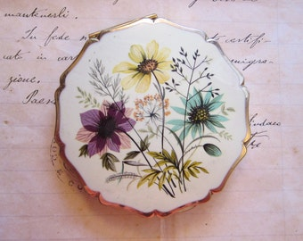 vintage Stratton loose powder compact - floral compact