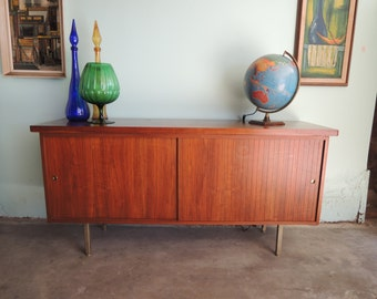 MID CENTURY MODERN Credenza or Media Stand (Los Angeles)