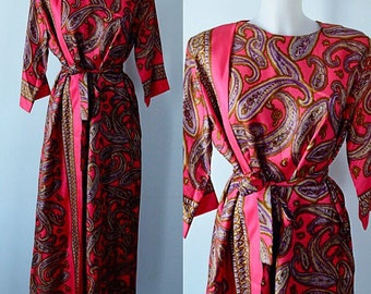Vintage Robe, Vintage Dressing Gown, Vintage Lounge Robe, Designed by Diamond Tea Gown Ltd, Lounge Wear, Robe, Paisley, 1930s to 1950s