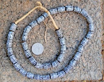 Krobo Beads: 10x17mm