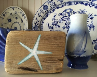 Reclaimed Hand Painted Driftwood Starfish Block Sculpture, Shelf Sitter Sign,Coastal Beach Cottage Home Decor,Bathroom Nautical
