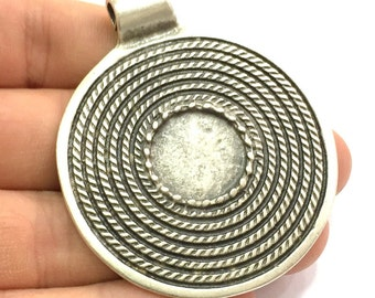 Antique Silver Plated Blank 62x52mm, Mountings  (18mm Blank)  G5660