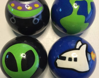 CABINET KNOBS Hardware Dresser Drawer Pulls 1.50 in. Outer Space Set of Four