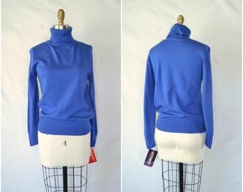 vintage bright blue turtleneck sweater / simple sweater / small medium large