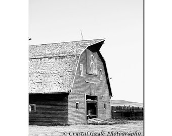 Country Barn Photography, Canadian Landscape Print, Black and White, Saskatchewan Farm Decor, Rustic Wall Art Picture, Farmhouse Accent