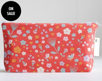 SALE. makeup bag. small wet bag. waterproof. cosmetic bag. organic cotton.