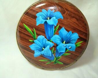 1960s Woodgrain Like Round Flowered Tin.