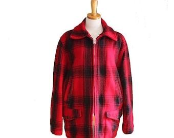 30% off sale // Vintage 60s LUMBERJACK Jacket - Men S M - Red Black Plaid - JCPenney Hunting Apparel