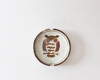 BLOWOUT 40% off sale Vintage 70s Otagiri Japan Owl Stoneware Ceramic Ashtray - Kitsch - 1970s, rustic, cabin decor - Man Gift