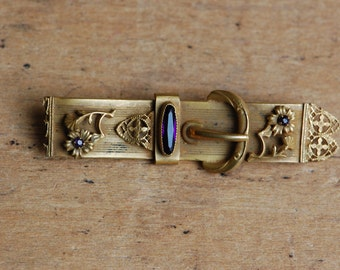 Antique Victorian belted amethyst gemstone pin