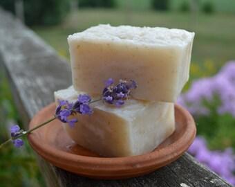 OATMEAL Lavender Soap - Vegan Friendly