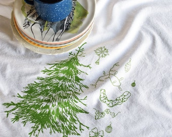 Christmas Towels - Christmas Tea Towel - Christmas Tree - Flour Sack - Kitchen Towels - Dish Towels - Tea Towel Set - Christmas Decorations