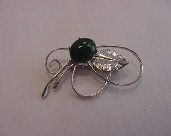 Vintage Totally New Zealand Nephrite Jade Brooch    15 - 61