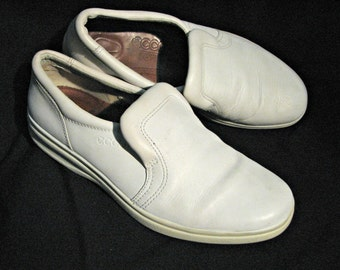 Vintage Ecco Soft Slip-on White Leather Athletic Casual Shoes Unisex Size 41 Made in Portugal
