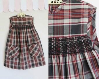 vintage 1960s girl's dress - CHERRY WOOD plaid dress / 7yr
