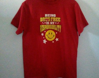 Vintage / Anti Drugs T Shirt / Happy Face / Stars / Graphic Tee / Indie / Grunge / Punk Rock / Rock N Roll / Festival / Unisex / Women / Men