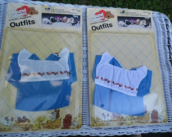 Pound Puppy outfit vintage 1986 NOS #7806 by Tonka blue with white collar with little Pound Puppies holding red hearts with PP on the hearts