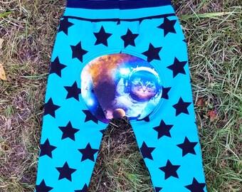 Monster Bunz grow with me pants size M 6-18 months - rocket cat