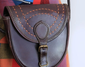 Chocolate brown leather shoulder bag, purse, vintage bag