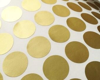 Matt gold foil stickers - round gold foil labels -  2.5cm envelope seals -1 inch wedding seals - gift wrap - 70 gold foil stickers