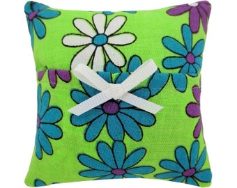 Lime green Tooth Fairy Pillow with pocket, daisy print fabric, white ribbon bow trim for girls